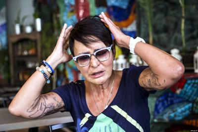 Татуировки Ирины Хакамады