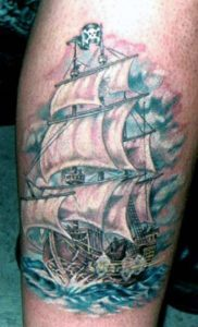 Тату с пиратским кораблём